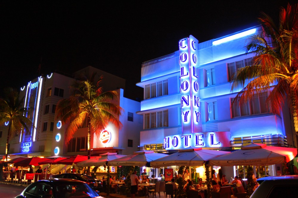 Colony Hotel Miami Art Deco District by night exploreglobal
