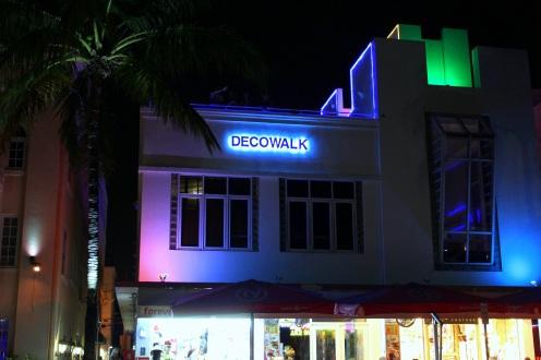 Decowalk Miami Art Deco District by night exploreglobal