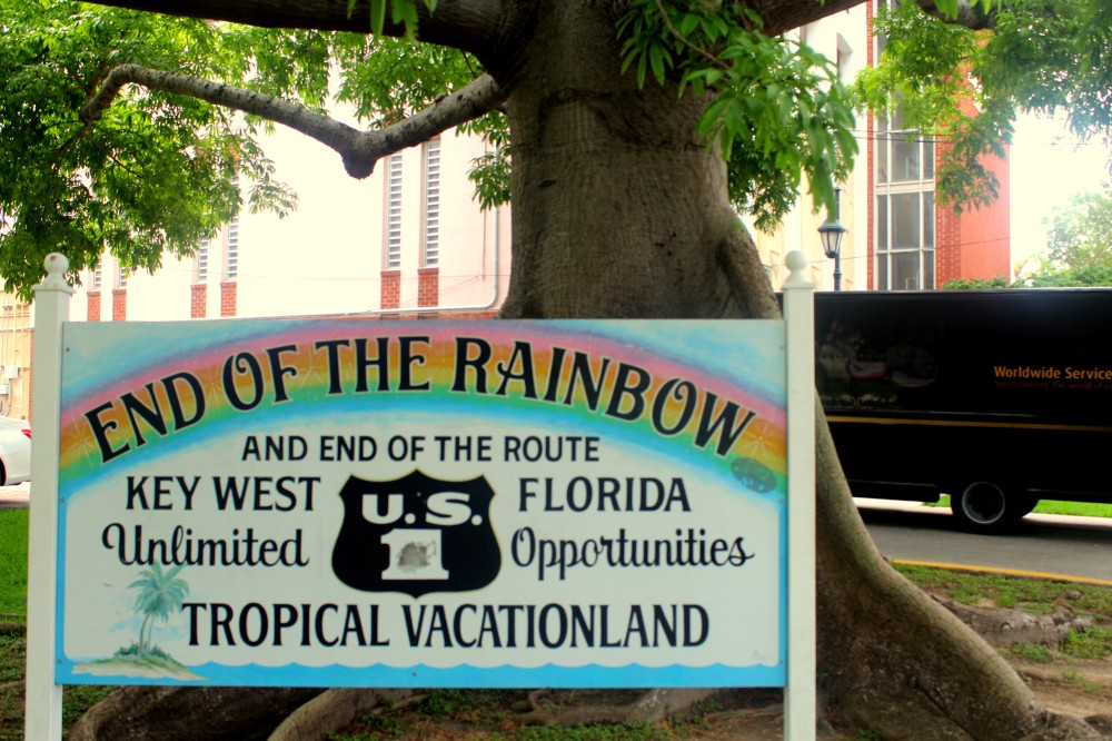 End of the rainbow Schild Key West Florida Keys Duval Street exploreglobal.JPG