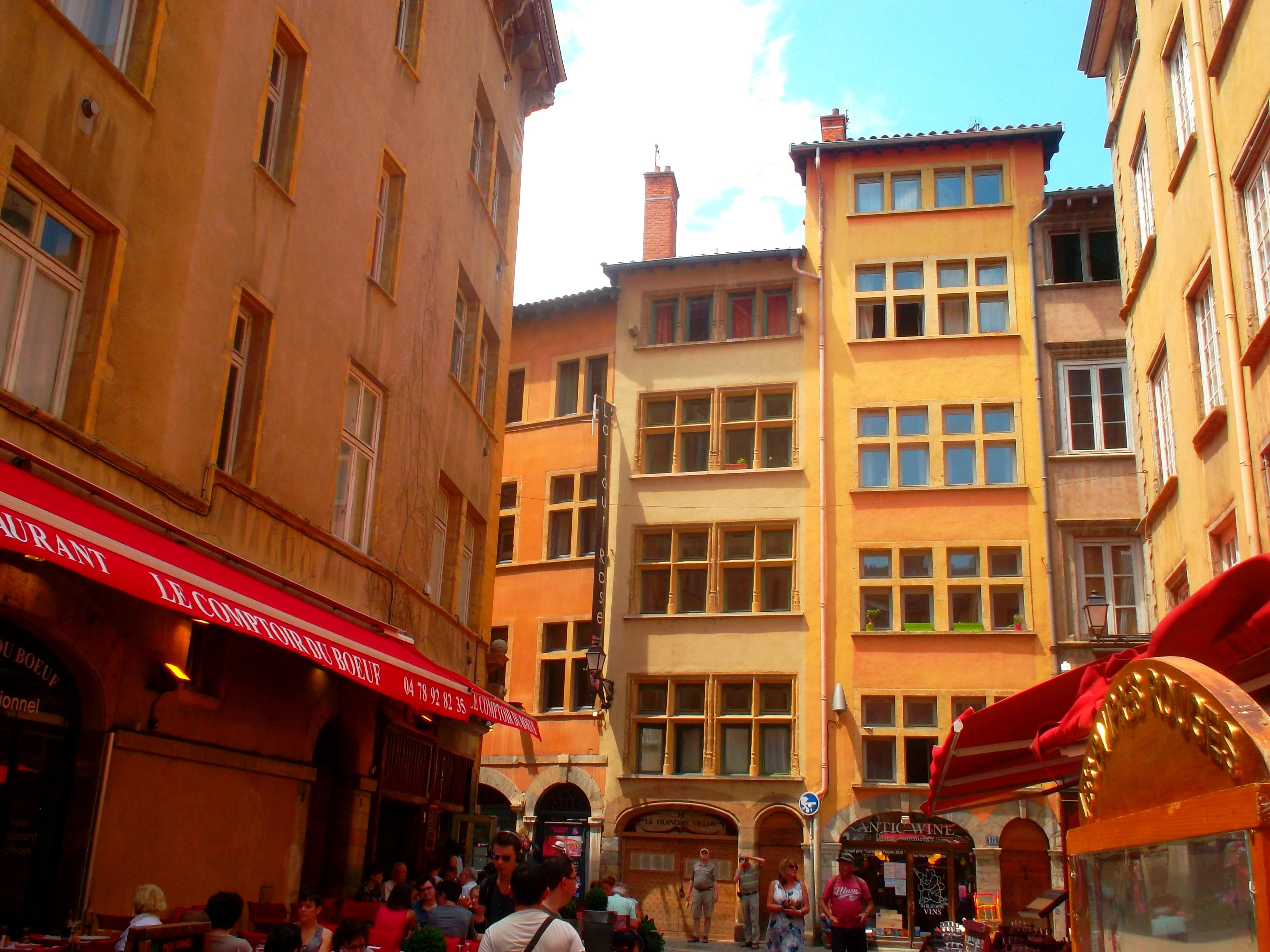 Vieux Lyon - typische Ansicht der weitläufigen Altstadt, Reiseblog www.exploreglobal.wordpress.com