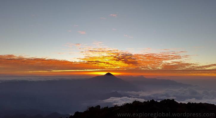 Panajachel Guatemala Lago de Atitlan Vulkan Fuego Pacaya