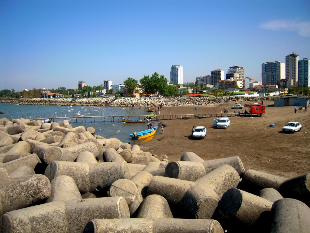 Iran Stadt Kaspisches Meer Hochhäuser Ufer Promenade
