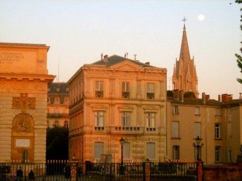 Montpellier Altstadt - Sainte-Anne im Hintergrund