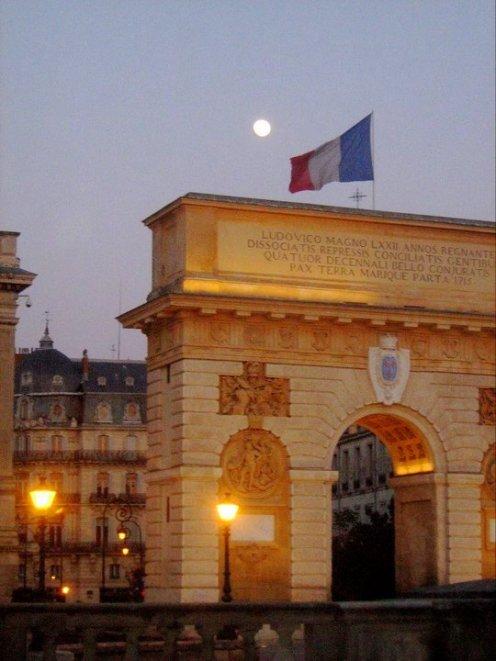 Montpellier - Arc de Triomphe, Rue Foch