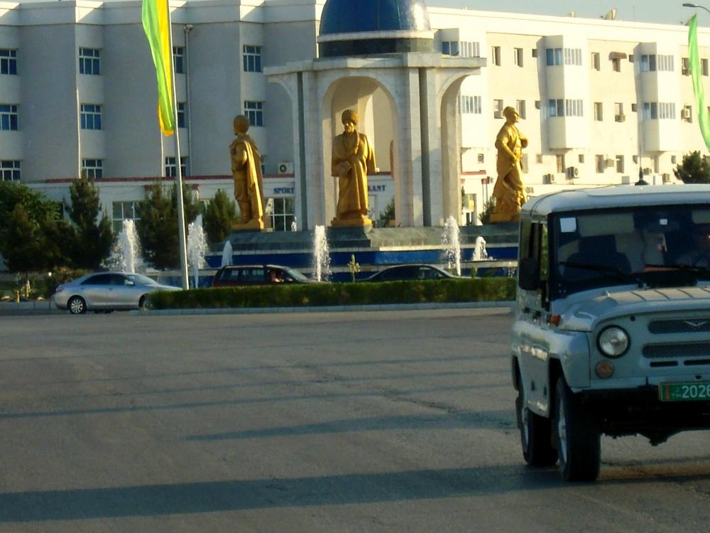 Ashgabat Statuen Turkmenistan