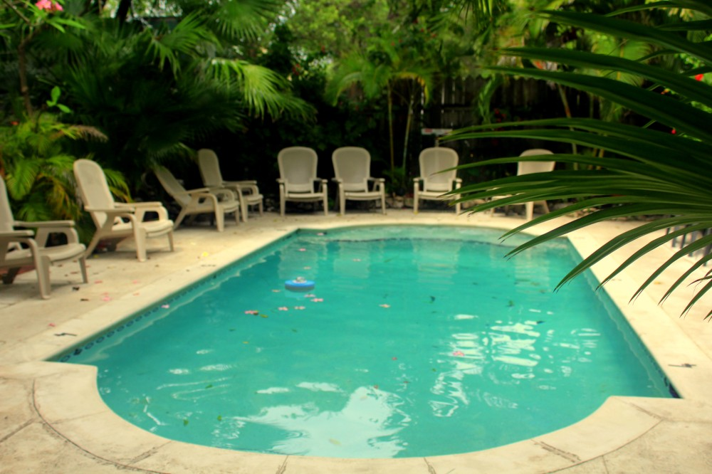 key West swimming pool coco plum inn Florida Keys exploreglobal,JPG