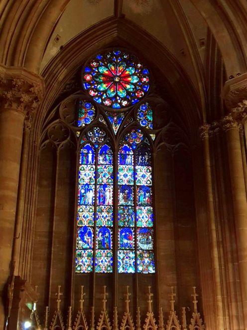Strasbourg Dom Kirche Kirchenfenster vitre Strassburg Frankreich France exploreglobal