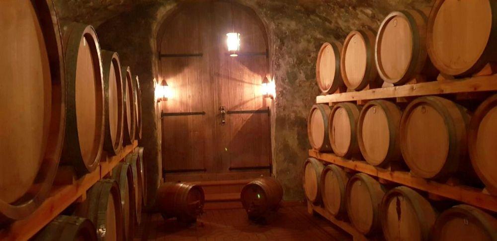 Weinkeller Weinfass Winzer Wein vin vino Oberkirch Renchtal Burgunder Dornfelder exploreglobal