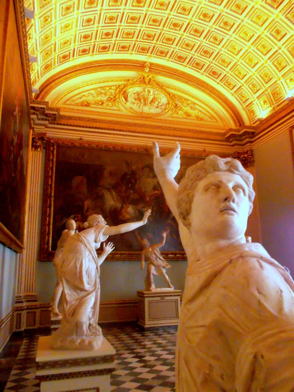 Kunstwerke im Palazzo Pitti in Florenz von innen - Kunst- und Kulturschätze der Toskana - exploreglobal