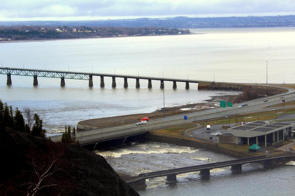 île d'Orléans Québec island saint-lawrence-river fleuve saint laurent Brücke pont bridge Montmorency Kanada Canada Reiseblog exploreglobal