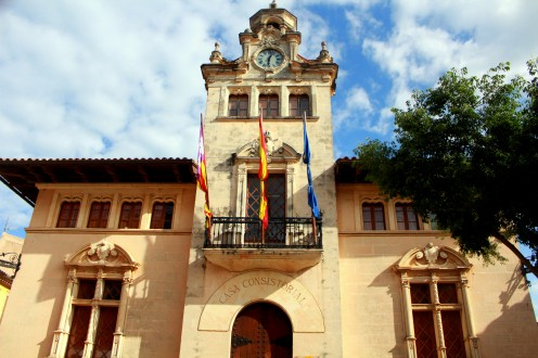 Alcudia Altstadt Spanien Mallorca Balearen old town center Zentrum Stadtmauer Reiseblog exploreglobal