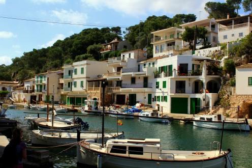 Cala Figuera nahe Santanyi Mallorca Süden Bucht Fischer Kutter Boot Hafen Meer Spanien Reiseblog exploreglobal