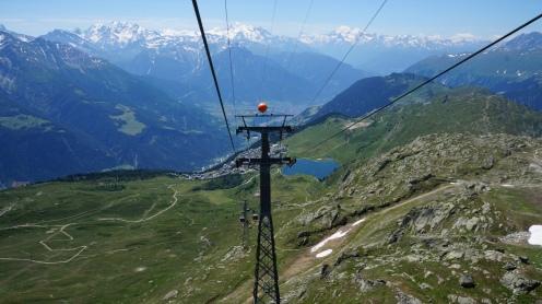 Lift_Seilbahn_Gletscher_Schweiz_Reiseblogger_Exploreglobal