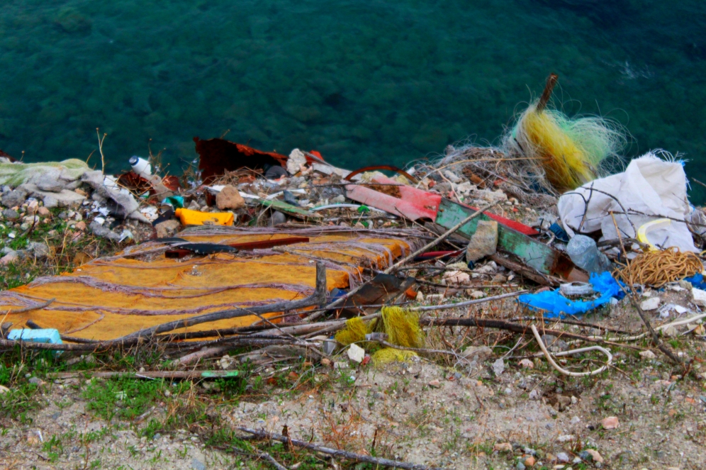 Müll im Hinterland Insel Ägina